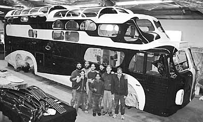 oo1955_GM_1949_Aerocoach_11