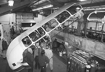 oo1955_GM_1949_Aerocoach_3